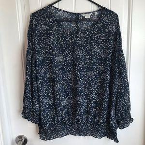 XXL Reitmans sheer blue ditsy floral blouse button
